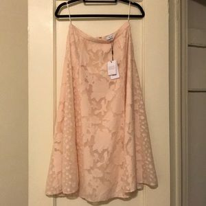 LIMITED TIME BEAUTIFUL NEW PALE PINK MIDI SKIRT